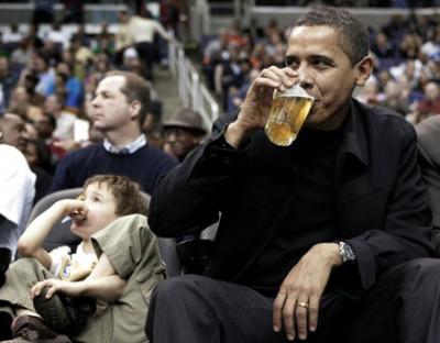 pres-obama-cold-one